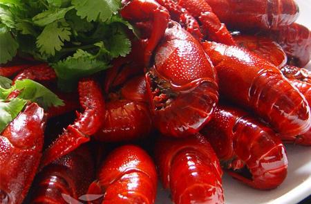 如何吃小龙虾,从头到尾,完整教程攻略
