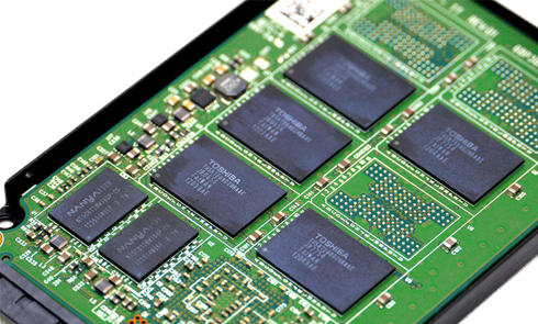 固态硬盘哪家强?小白如何选择靠谱的SSD固态硬盘