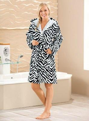 【德国EM】CHIEMSEE 棉绒浴袍 斑马图案 (多重优惠+全额税补)  €29 95(约¥222)