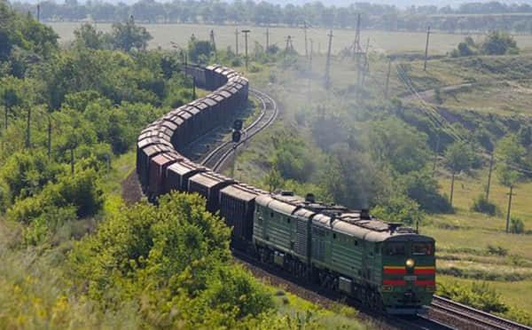 中俄铁路建设推进俄罗斯和中国边境物流快递运输发展