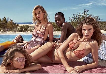 H&M推出全新泳装 印花配色玩味混搭