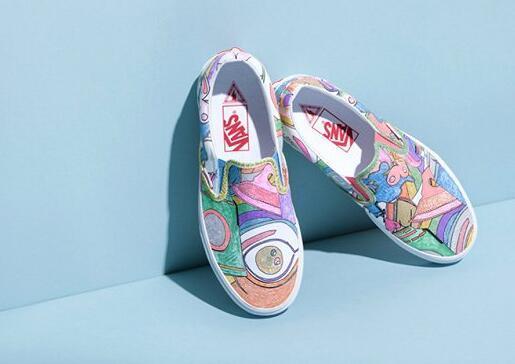 Vans推出全新联名系列Slip-On鞋款