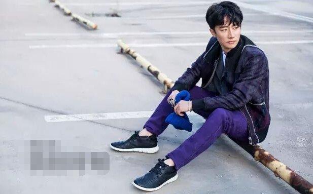 明星街拍款:ECCO 爱步 Intrinsic 盈速 男士真皮休闲短靴 两色 $68,转运约到手¥570