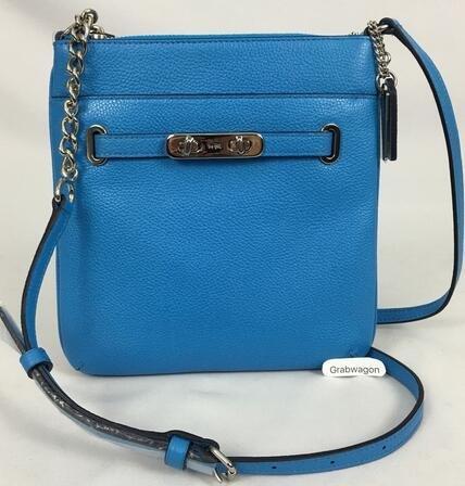 COACH 蔻驰Pebbled Leather Coach Swagger Swingpack女士真皮单肩包 蓝色款 好价$67 99  约556元