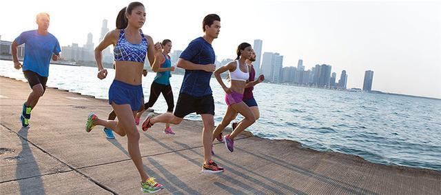 SKECHERS成美国第二大运动鞋品牌 紧随 NIKE 超越adidas