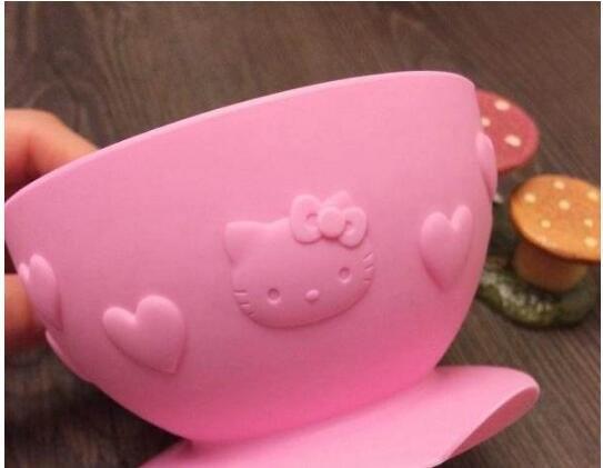 周五免费直邮!Skater 斯凯特 吸盘碗卡通婴幼儿童安全硅胶练习碗餐具 2色 特价643日元起,约¥39 3