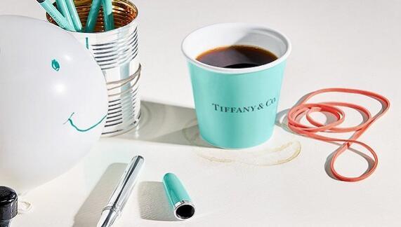 Tiffany出了一套日用品 既有5000块的纸杯也有8万块的毛线