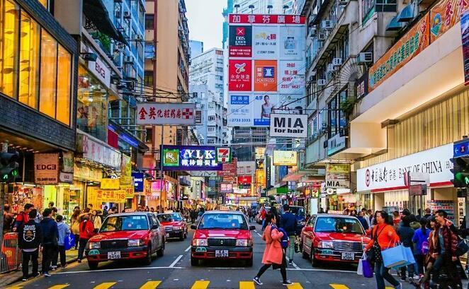 香港查获5200多件假货!很多都是你平时购买的东西……