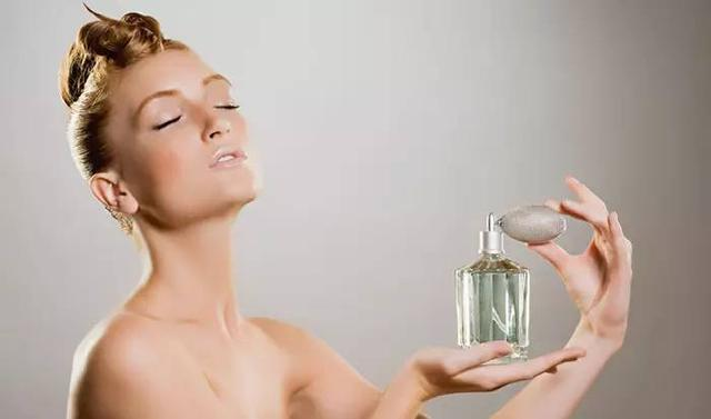 7 款法国小众香水,完成你的入夏仪式
