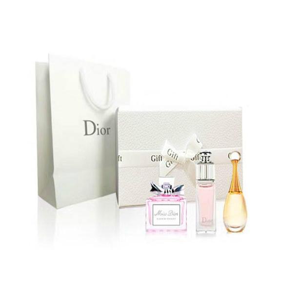 【Bonpont】Dior 迪奥 香水小样3件套礼盒装 含手提袋(真我+魅惑+花漾各5ml)