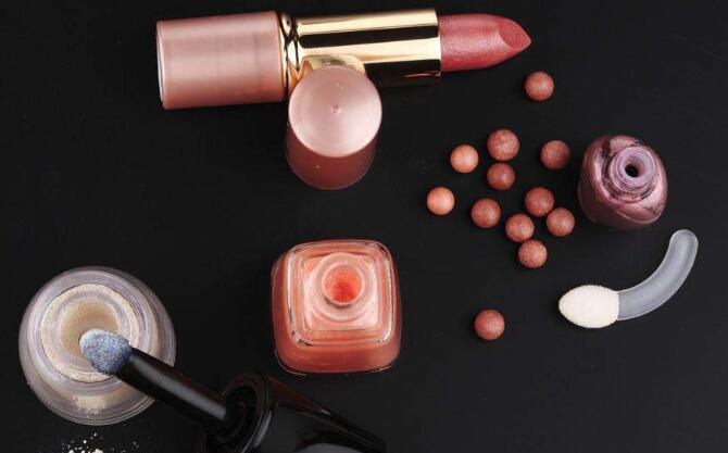 注意!韩国13种化妆品重金属超标 快看看有你常用的吗?