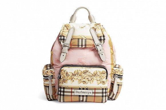 Burberry巴宝莉发布新款背包 把复古围巾图案印在上面