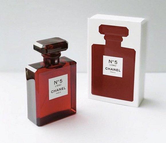 香奈儿新款N°5香水红色限定版