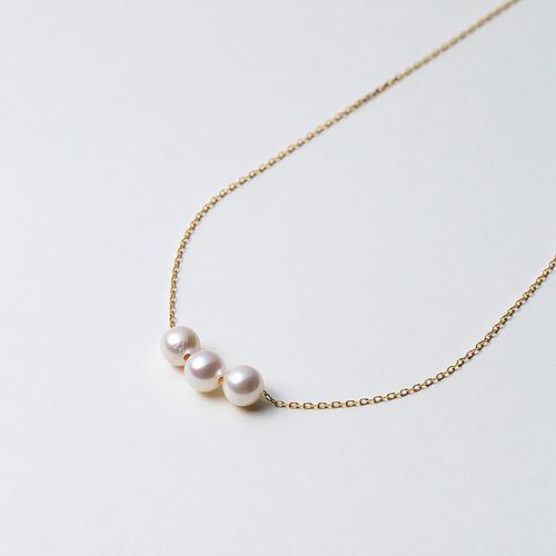 【松屋百货】Maria 6mm阿古屋海水珍珠K18金链 三颗珠