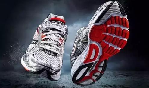 索康尼跑鞋怎么样 Saucony索康尼为何被称为跑鞋中的劳斯莱斯?
